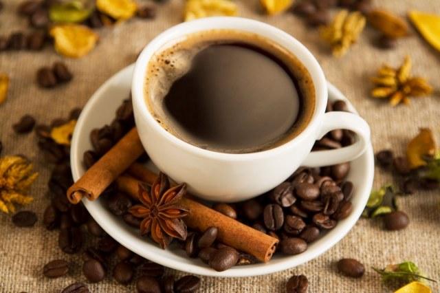 coffee and cinnamon sticks