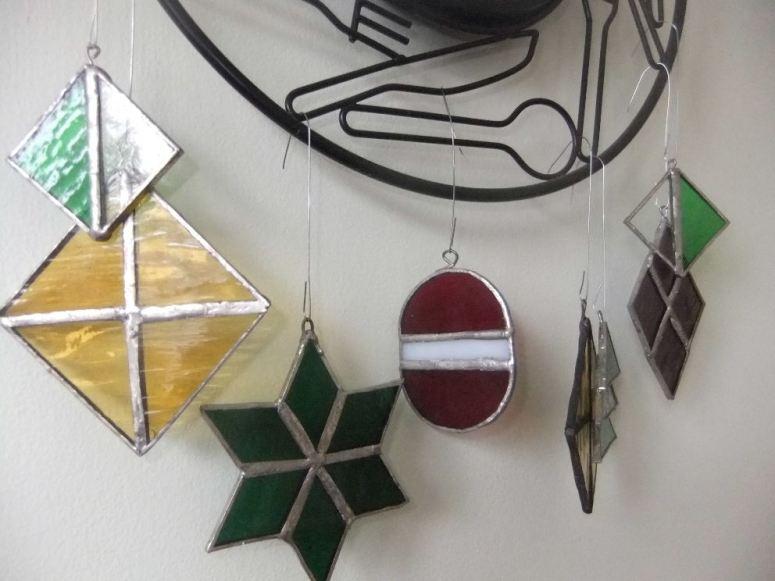 xmas-tree-ornaments-r